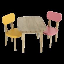 Деревянные стол и 2 стула